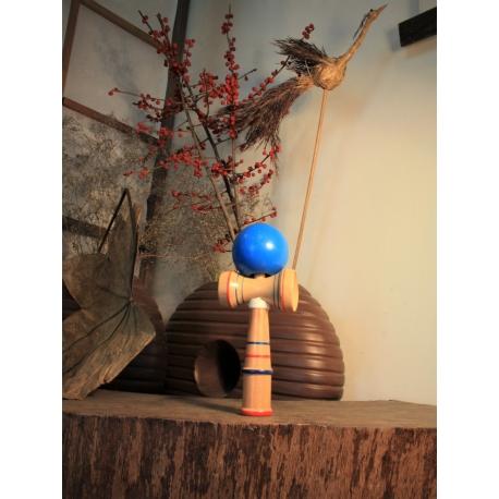 Tradicinis Japoniškas žaidimas KENDAMA